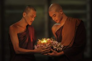 theravada-buddhism-1788675_1280